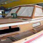 Deck einer Vilm 106 beim Refit in der Werfthalle der Bootserft Baumgart in Dortmund