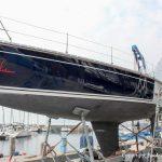 Comfortina 38 auf dem Trailer am Gardasee. Vorbereitung zum Transport in die Bootswerft Baumgart nach Dortmund zur Reparatur