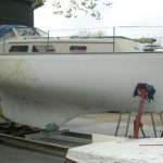 Reparatur einer NAB 32 Segelyacht auf dem Werftgelände der Bootswerft Baumgart in Dortmund