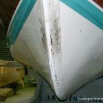 Bug des Unterwasserschiffs der Riva Ariston vor der Restauration in der Werfthalle der Bootswerft Baumgart in Dortmund