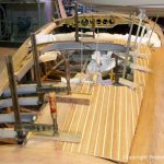 Heck der Riva Ariston bei der Restauration in der Werfthalle der Bootswerft Baumgart in Dortmund